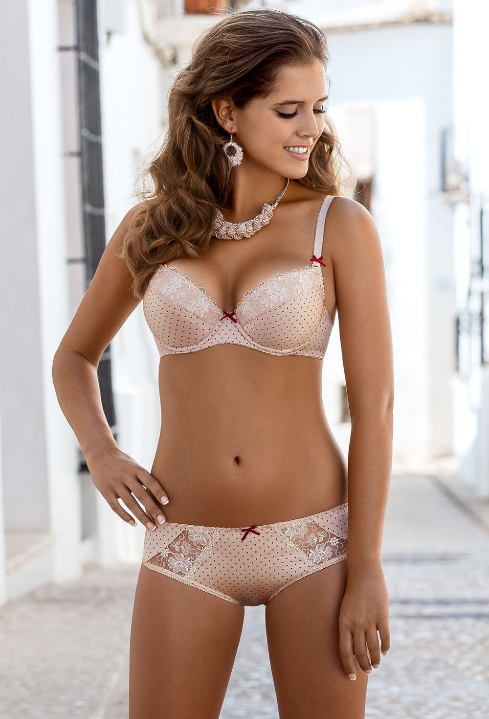 Sexy, fine lingerie including balcony and sheer bras, plus size bras and lace panties for women of all sizes. Sign up with Lavinia's email news & get 10% off first order. Free Shipping & Free Returns (US).
